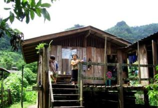 Thailand jungle trekking villages