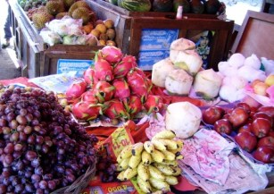Thailand market tropical fruits