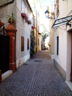 Italie streets of Le Marche