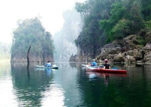Thailand islands sea peddling