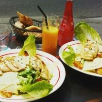 Parisian lunch at La Favorite