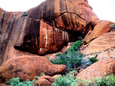 Australia Uluru up close (2)