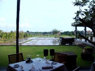 Bali Seminyak restaurant Metis