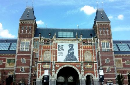 Amsterdam Rijksmuseum back