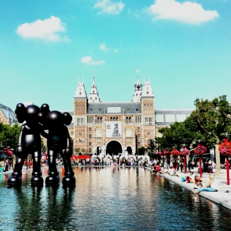 Amsterdam Rijksmuseum from Museumplein