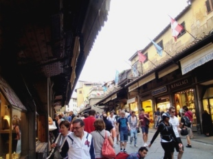 Florence shops on the Ponte Vecchio