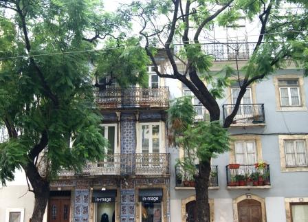 Lisbon azulejos façades
