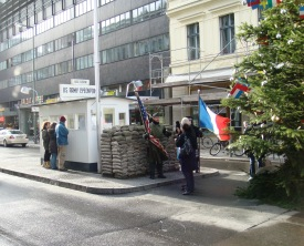 Berlin Checkpoint Charlie (3)
