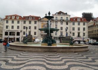 Lisbon squares