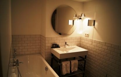 Gastwerk Hotel loft room (1)