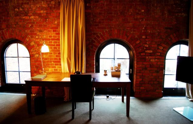 Gastwerk Hotel loft room (2)