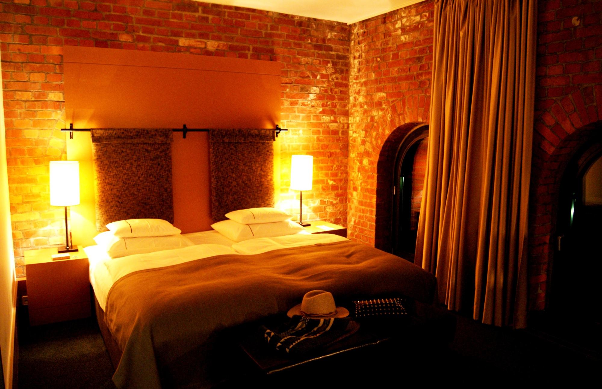 Gastwerk Hotel loft room (4)