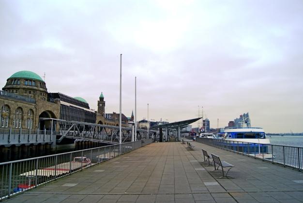 Landungsbrucken Hamburg