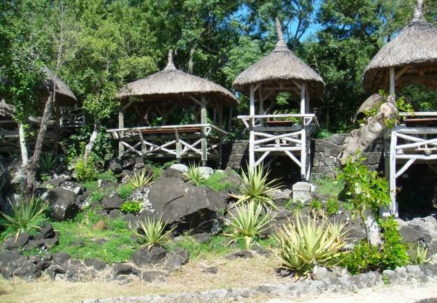 Travel Authentic Chic Mauritius exploring