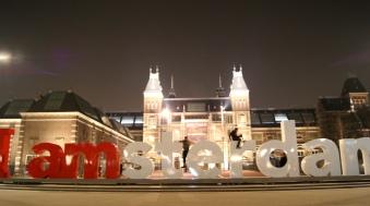 Amsterdam Rijksmuseum at night