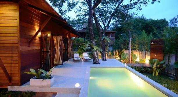 Phuket Ananta Thai private pool