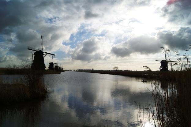 Kinderdijk windmill views