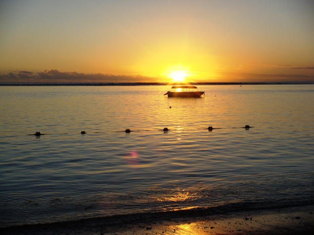 Mauritius Hilton sunsets 6 pm sharp