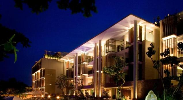 Seminyak Anantara resort facade