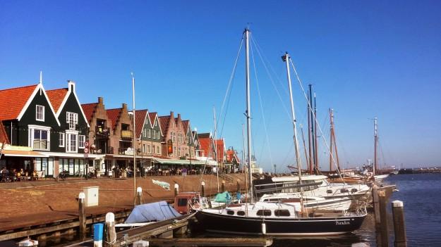 Volendam dike and harbor