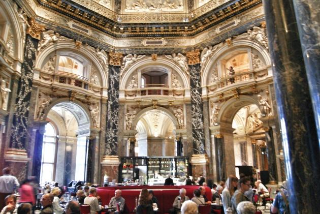 Kunsthistorisches museum's lunchroom Vienna