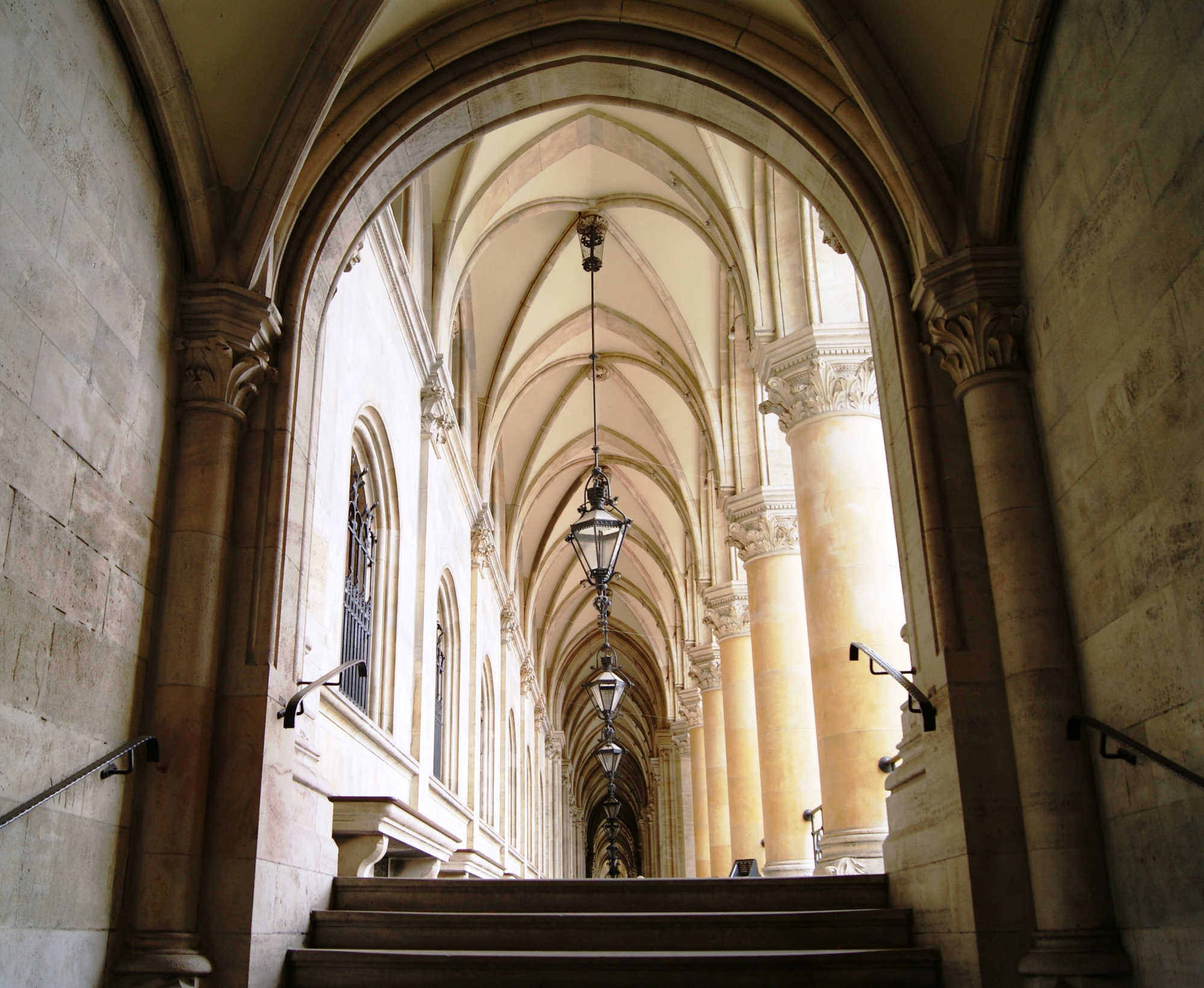 Arches of the Rathaus