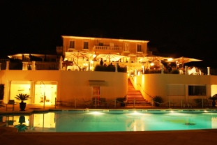 Althoff hotel Villa Belrose facade at night