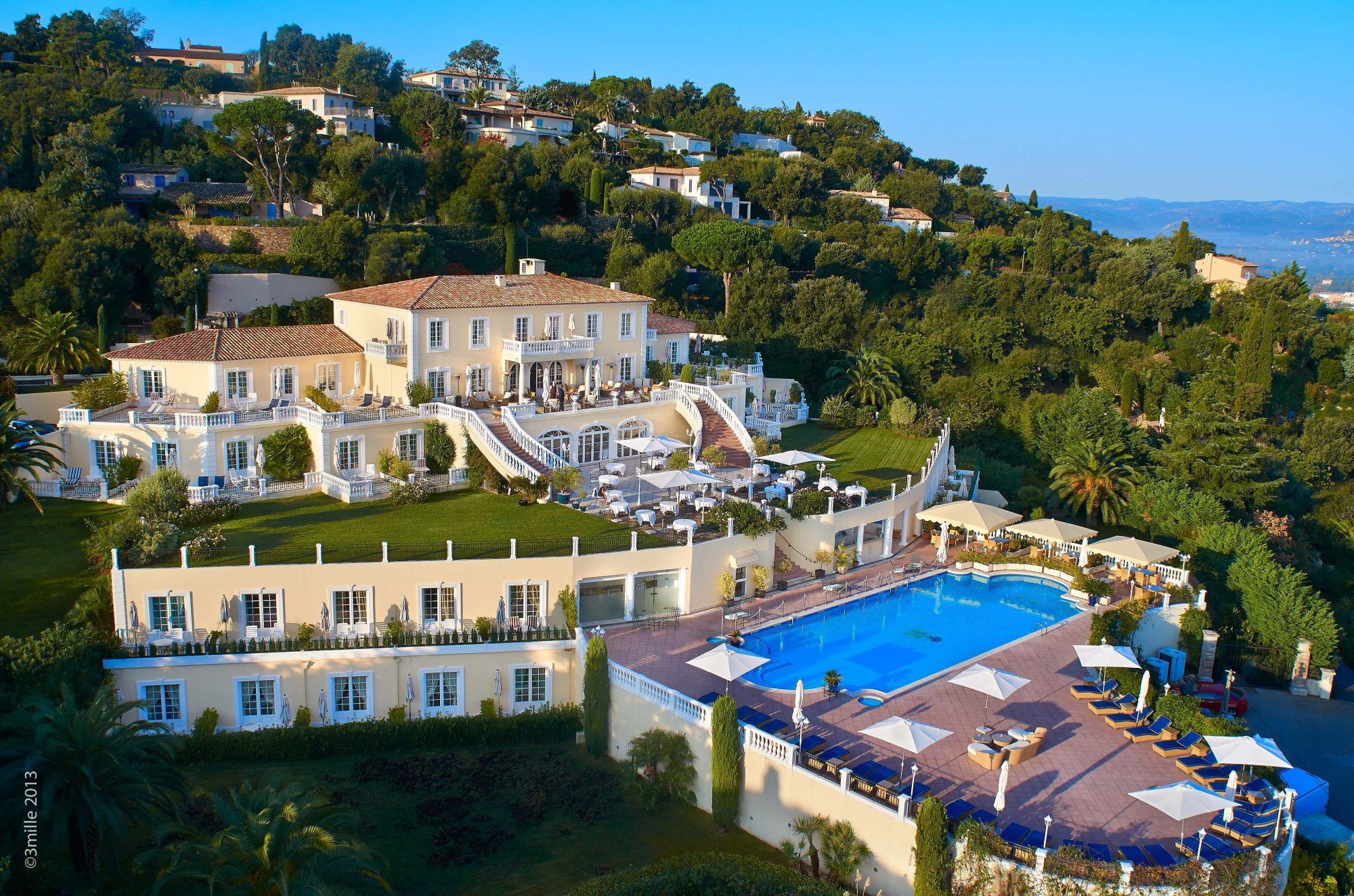 Althoff Hotel Villa Belrose Full View