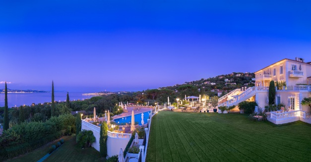 Althoff hotel Villa Belrose Night View