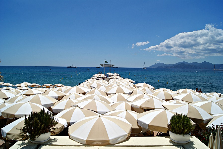 Cannes beachclubs France