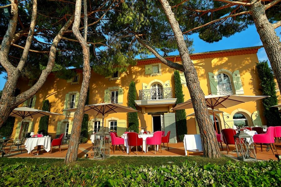 Le Mas Candille Hotel France restaurant terrace