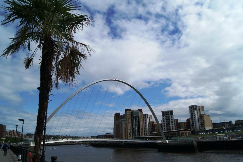 bridges-of-newcastle-gateshead-uk-4