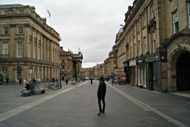newcastle-gateshead-city-center grey street