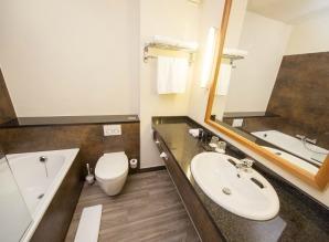 bilderberg-grand-hotel-wientjes-zwolle-bathroom