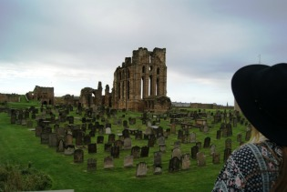 tynemouth-priory-ruins-2