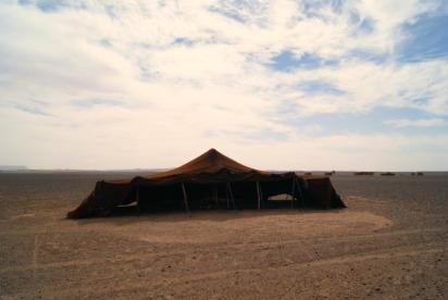 berber-tent-desert-nomads-morocco-1