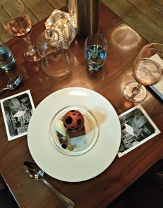 st-pancras-ren-hotel-london-booking-office-iconic-dessert