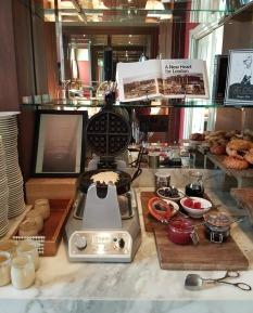 st-pancras-ren-hotel-london-chambers-club-breakfast