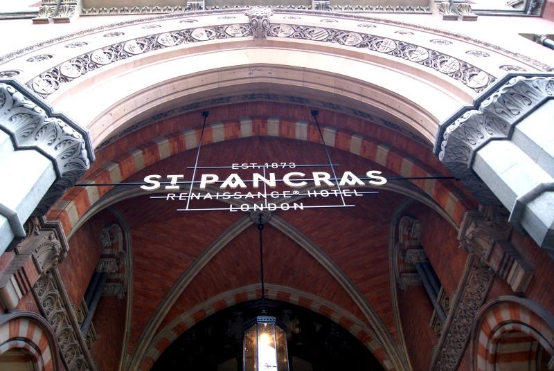 st-pancras-ren-hotel-london-facade-architecture