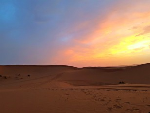 sunset-in-the-sahara-of-morocco-1
