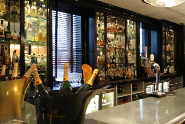 the-mandeville-hotel-london-diner-2