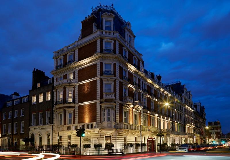 the-mandeville-hotel-london-exterior-night