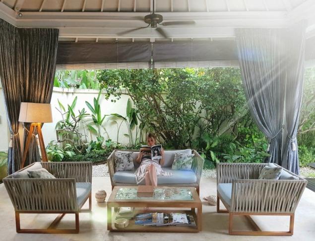 4s-villas-seminyak-livingroom-1