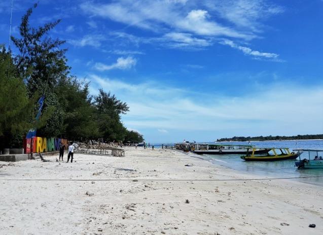 gili-trawangan-arrival-main-beach