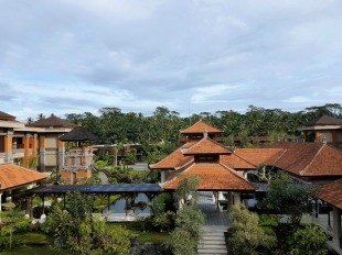 padma-resort-ubud-ground-views-frontside