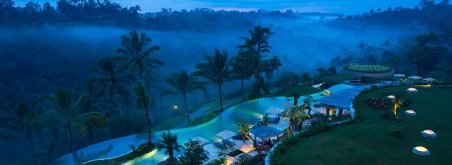 padma-resort-ubud-pool-at-night