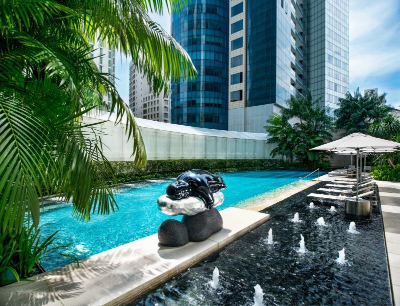 st-regis-singapore-tropical-spa-pool